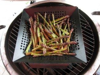 asparagusongrill