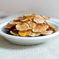 zucchini-chips-feature